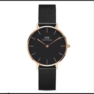 Daniel Wellington Black Watch with Rose Gold Face
